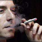 Racun Nikotin Itu Menjadi Legal Bernama Rokok !
