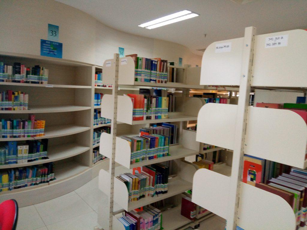 ruang rak buku_2